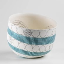 lara-scobie-contemporary-ceramic-pot