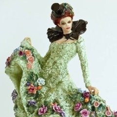 peter-holland-contemporary-figurines