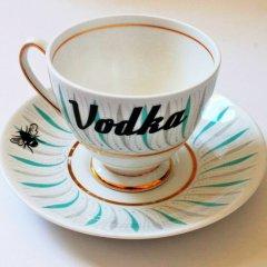 yvonne-ellen-cool-china-vodka-teacup